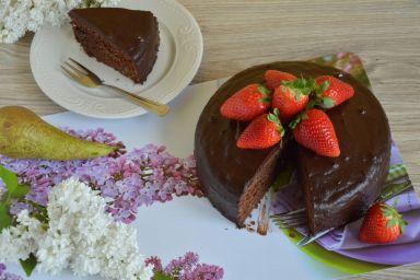 Ciasto czekoladowa fantazja z gruszkami