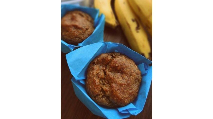 Muffiny daktylowo-bananowe