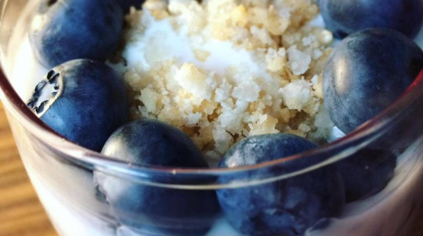 Jogurt z ciasteczkiem ryżowym