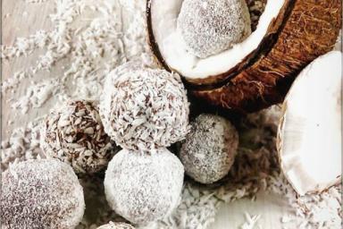 Kakaowo- kokosowe kulki mocy