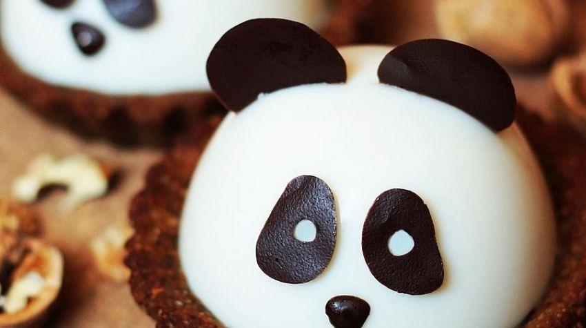 Konopne tarty pandy z kokosową galaretką