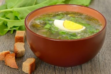Zupa z liści szczawiu