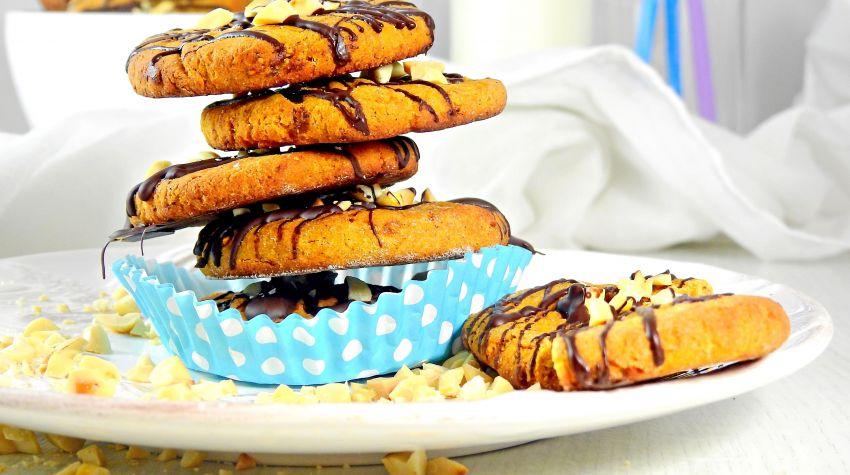Ciastka z batata z figami i masłem orzechowym
