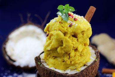 Rozgrzewające lody kurkumowo-kokosowe !