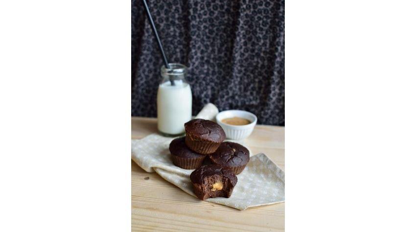 Babeczki brownie z fasoli z masłem orzechowym