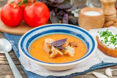 Zupa krem z cukinii i pomidorów