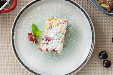Przepis na ciasto wiśniowe z kruszonką