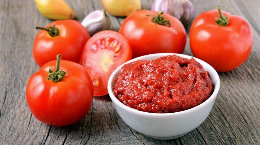 Domowy sos paprykowo-pomidorowy