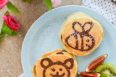 Jogurtowe pancakes ze wzorkiem