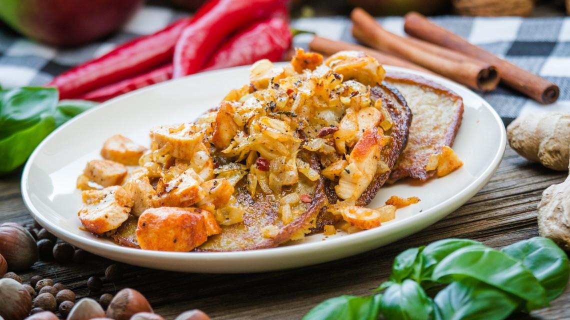 FIT OBIAD: Placki ziemniaczane z mięsem i cebulką