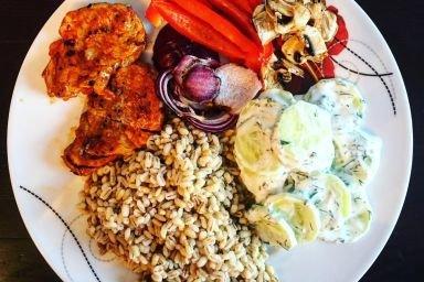 Polędwiczki wieprzowe z warzywami grilowanymi