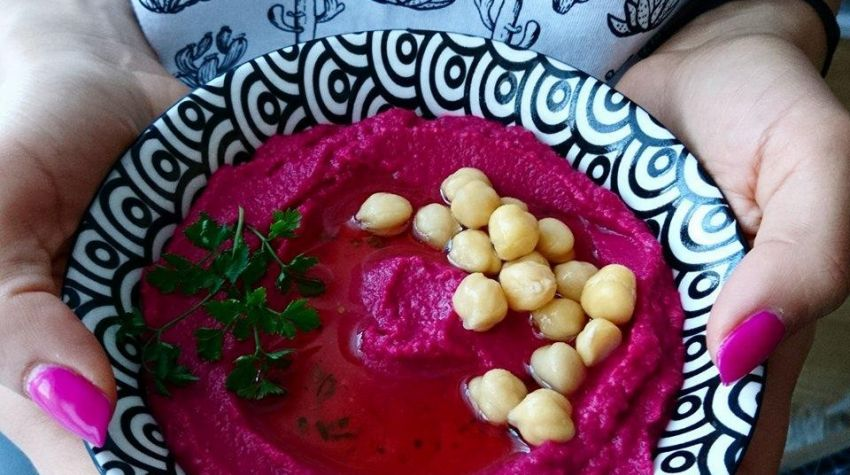 Hummus buraczany