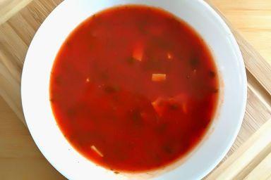 Krem z pomidorów z pietruszką