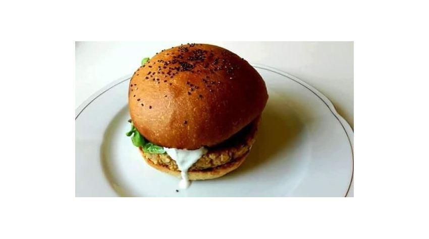 Burger z kalafiorem