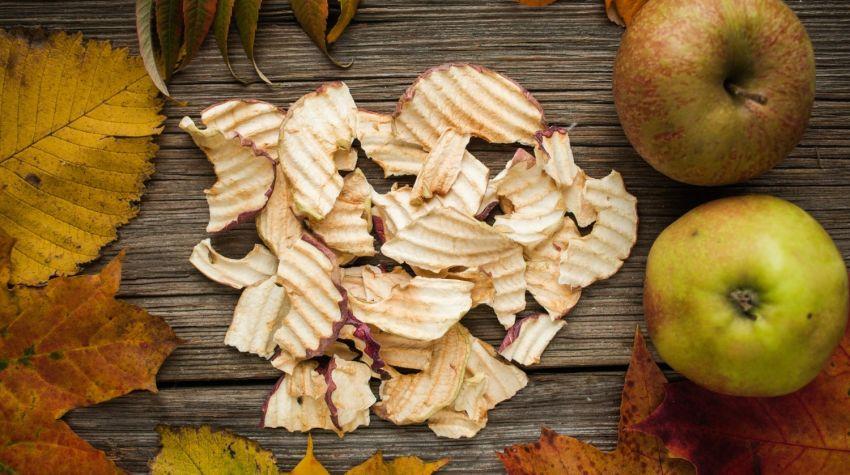 FIT PRZEKĄSKA: Domowe chipsy jabłkowe