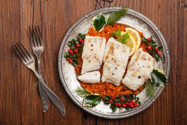 Świąteczne przepisy: fit ryba po grecku