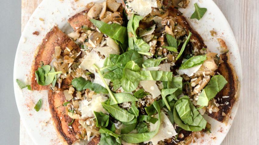 FIT ŚNIADANIE: Omlet z warzywami i grzybami