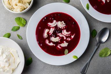 Zupa z czarnej porzeczki i aronii