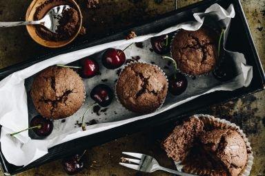 Muffinki czekoladowe z wiśniami