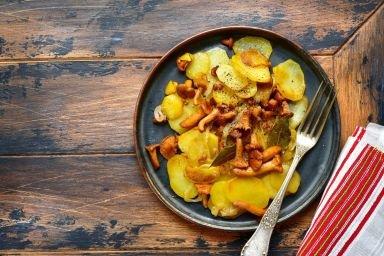 Kurki z ziemniakami i ostrymi przyprawami