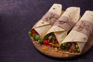 Meksykańskie burrito z mięsem mielonym