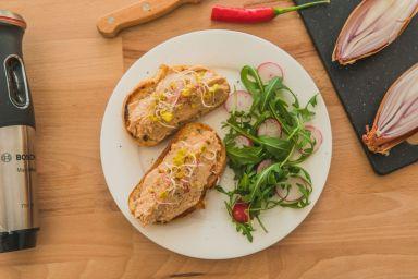 Pasta kanapkowa z makreli
