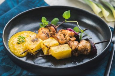 Kurczak pieczony z ananasem