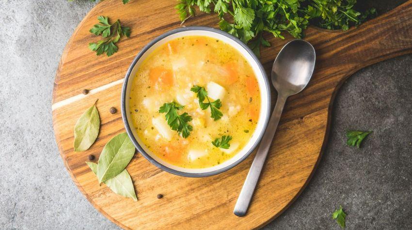 Zupa grochowa z ziemniakami