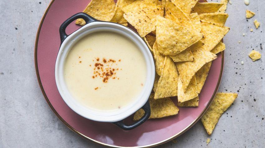 Pikantny sos serowy