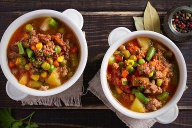Zupa meksykańska z mięsem mielonym