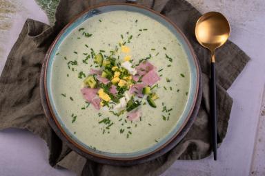 Zupa rosyjska okroszka