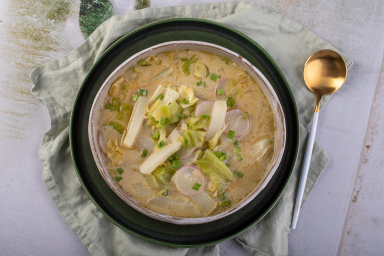 Zupa z kalarepy i rzodkiewek