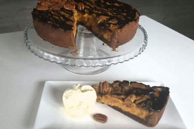 Tarta pecanowo-batatowo z lodami peanut butter