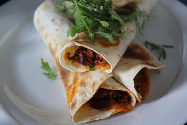 Tortille nadziewane chili con carne