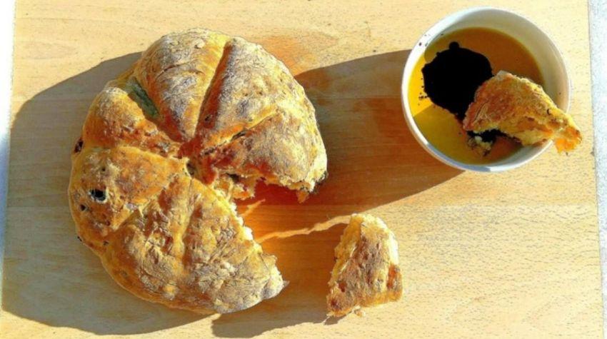Australijski chlebek śniadaniowy