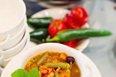 Meksykańska zupa jarzynowa