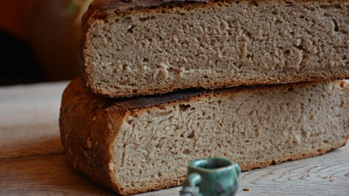 Żytni chleb razowy na zakwasie