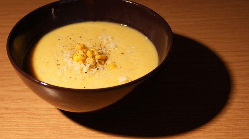 Zupa kukurydziana z mleczkiem kokosowym