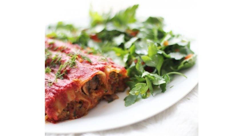 Cannelloni z kaszą jaglaną i warzywami