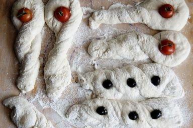 Bułki z ciasta chlebowego