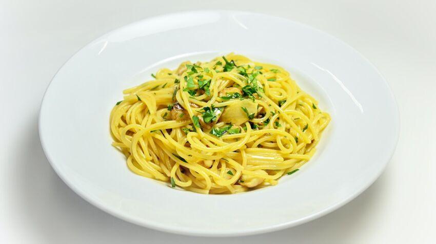 Makaron spaghetti aglio, olio e chilli z dynią