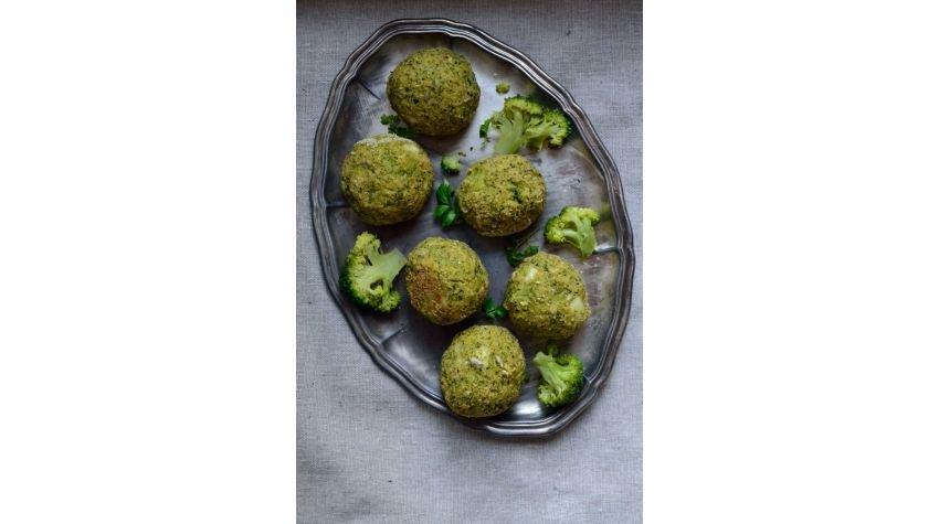 Pieczone kuleczki brokułowe