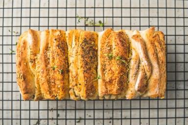 Chleb do odrywania - pikantny