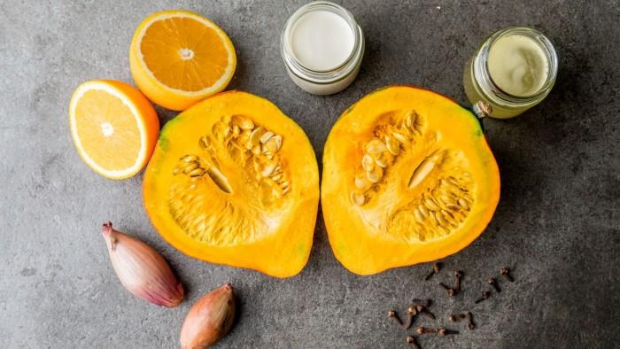 Krem z dyni z pomarańczą - krok 1