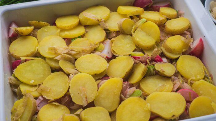 Zapiekanka z młodych ziemniaków - krok 4