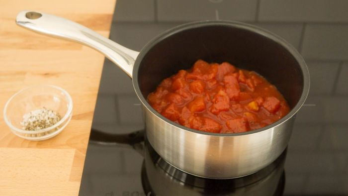 Sos pomidorowy do pizzy - krok 2