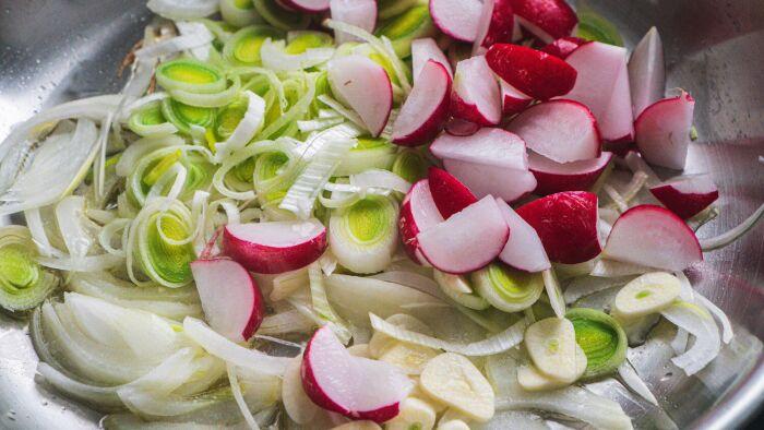Zapiekanka z młodych ziemniaków - krok 2