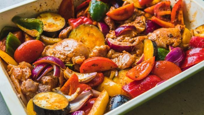 Kurczak pieczony z warzywami - krok 2