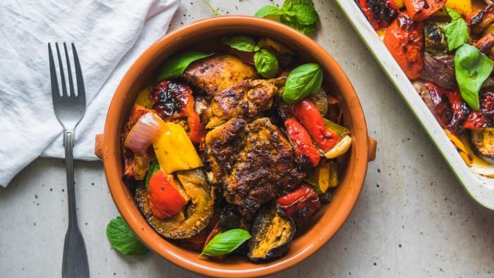 Kurczak pieczony z warzywami - krok 4