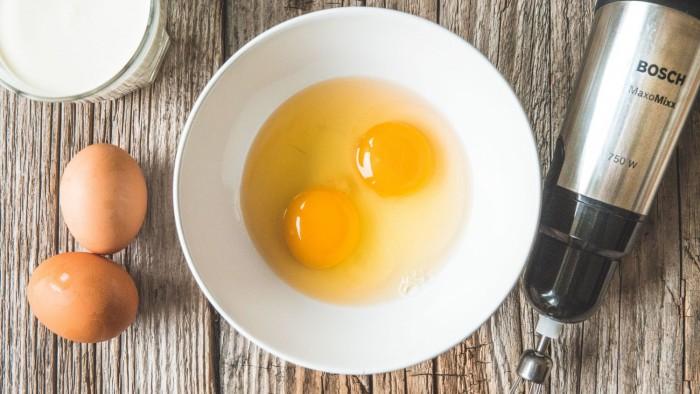 Omlet z szynką parmeńską - krok 1